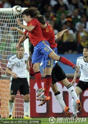 西班牙绝境中杀出狮子王 请为伟大的队长鼓掌