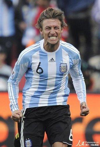 世界杯-阿根廷1-0尼日利亚 贝隆助海因策绝杀