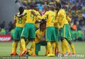 图文:揭幕战南非1-1墨西哥 南非队员准备开赛