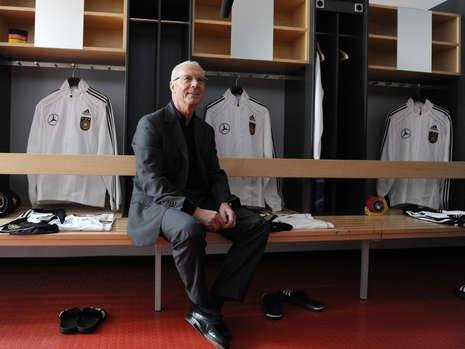 贝肯鲍尔:德国世界杯可夺冠 队员须有责任感