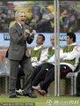 图文:揭幕战南非1-1墨西哥 阿吉雷庆祝进球