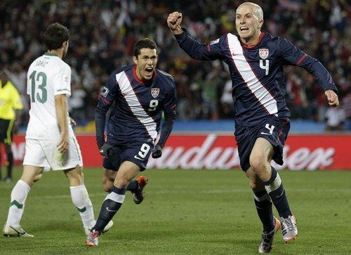 世界杯-美国绝地反击连追两球 2-2斯洛文尼亚