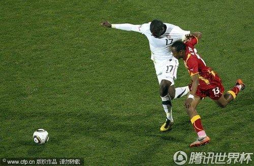 加纳斜刺杀出足球小将 老爸注视下送索命一传