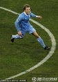 图文:德国3-2乌拉圭 弗兰庆祝进球