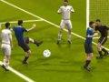 第76球:德米破门霸气十足 头顶脚踢门前建功