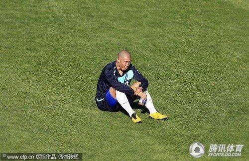 2010世界杯前瞻:韩国训练备战 朴智星上演过人好戏