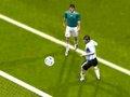 第113球:梅西巧妙助攻 特维斯门前头球建功