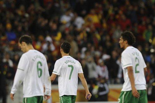 葡萄牙19个月首尝败绩 多少辉煌纪录毁于今夜