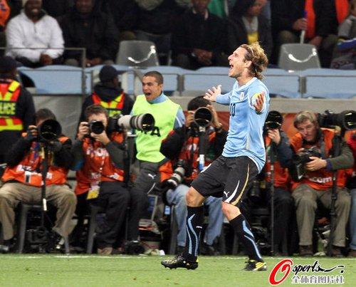 弗兰2届世界杯5球4重炮 远射王似禁区外范尼
