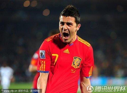 最佳:比利亚大发神威 梅开二度助西班牙首胜