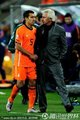 荷兰主帅安慰球员