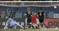 图文:德国3-2乌拉圭 德国队城门失守