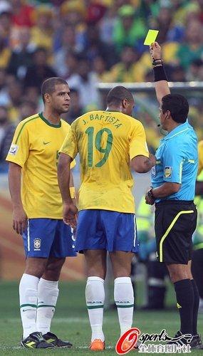 巴西轰天雷一点就爆 如此狂躁淘汰赛就是炸弹