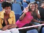 视频:五星巴西队赴全球最大贫民窟公开训练