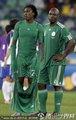 图文:尼日利亚2-2韩国 尼日利亚队员失望