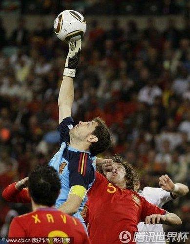 最佳门将:卡西成西班牙传奇 决赛有他才完美