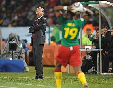 喀麦隆主教练正式离职 下一站牵手澳大利亚?