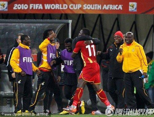 2010世界杯1/4决赛:120分钟1-1战平 乌拉圭点球大战4-2战胜加纳