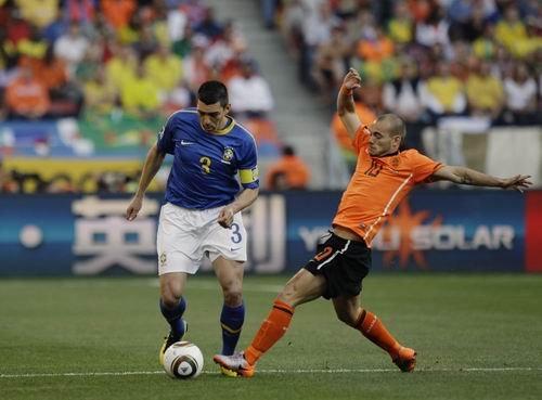 卢西奥:荷兰必胜,因为有斯内德
