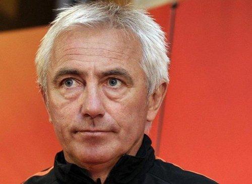 荷兰主帅:西班牙欧洲最强 但我已知如何赢球