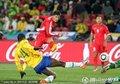 图文:巴西2-1朝鲜 志尹南射门瞬间