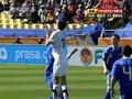 视频:斯洛伐克防守亮铁肘 釜底抽薪放到对手