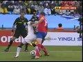 视频:加纳队员强势护球 塞尔维亚无可奈何
