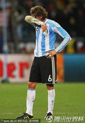 阿根廷腐烂始于防线 买来的主力怎能不被打爆
