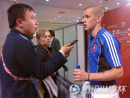 腾讯体育记者采访小魏斯