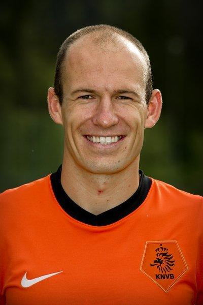 近日,参加南非世界杯的荷兰国家队拍摄标准肖像照.SEEFELD -