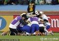 韩国队队员庆祝