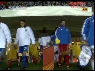 视频:双方列队整齐入场 梅西队长首秀上演