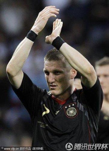 小猪:不怕西班牙 击败最强对手为欧洲杯复仇