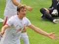 06世界杯进球FLASH:博萨斯基头球破门