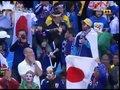 视频:双方球迷自娱自乐 巴拉圭下半场先开球