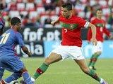 视频:葡萄牙0-0佛得角 C罗手球中柱难成上帝