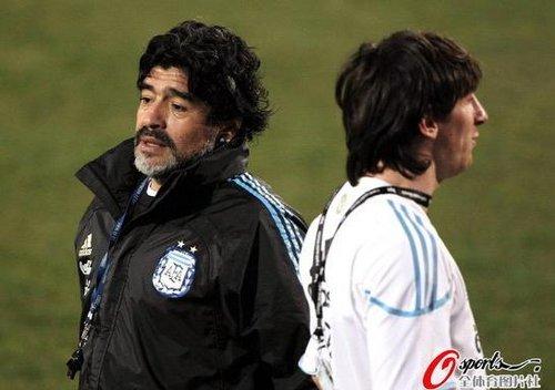 马拉多纳:阿根廷必竭尽所能 别给梅西贴标签