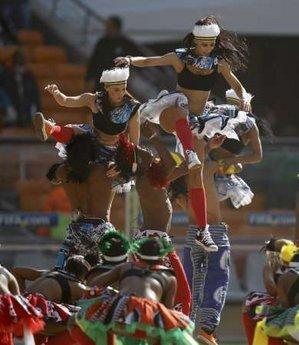 图文:南非世界杯开幕式 舞蹈杂技