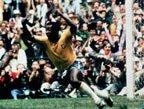 视频:1970年世界杯进球4 贝利射门差之毫厘