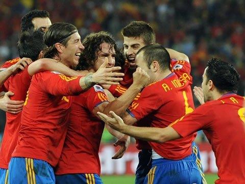 荷兰西班牙会师决赛 世界杯诞生第8支新冠军