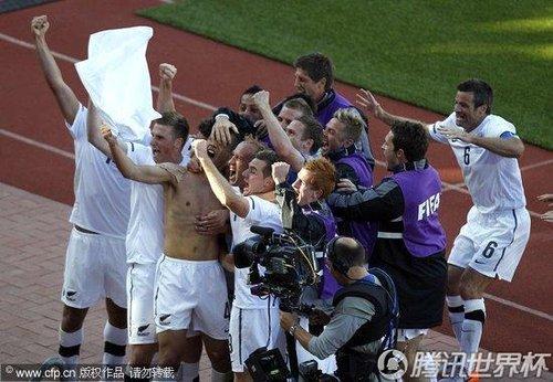 2010世界杯小组赛F组首轮:新西兰1-1斯洛伐克