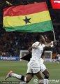 加纳队员欢庆晋级