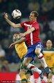 图文:塞尔维亚1-2澳大利亚 约万诺维奇解围