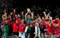 西班牙终夺冠军