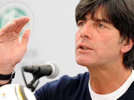 勒夫:德国队近乎完美 一战术令对手疲于奔命_