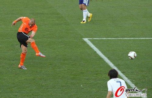 最佳球员:斯内德惊天怒射 荷兰晋级几成定局