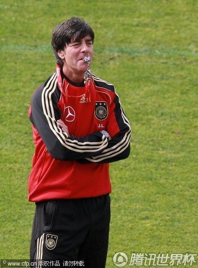2010世界杯前瞻:德国队6月11日训练备战
