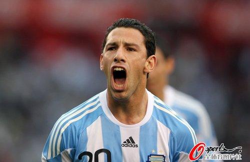 图文:阿根廷5-0加拿大 马克西惊天一吼