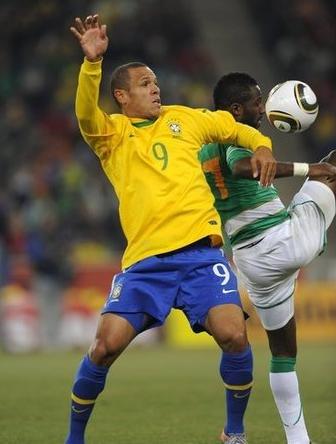 斯科拉里:法比亚诺手球无罪 不服气去看亨利