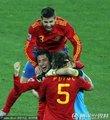 西班牙队员疯狂庆祝
